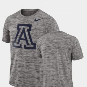 Arizona Wildcats T-Shirt 2018 Player Travel Legend Charcoal Performance Mens