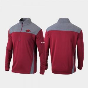 Arkansas Razorbacks Jacket Men Quarter-Zip Pullover Omni-Wick Standard Cardinal