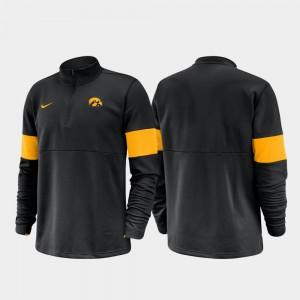 Iowa Hawkeyes Jacket 2019 Coaches Sideline For Men Black Half-Zip Performance