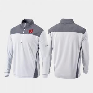 Wisconsin Badgers Jacket White Quarter-Zip Pullover Mens Omni-Wick Standard